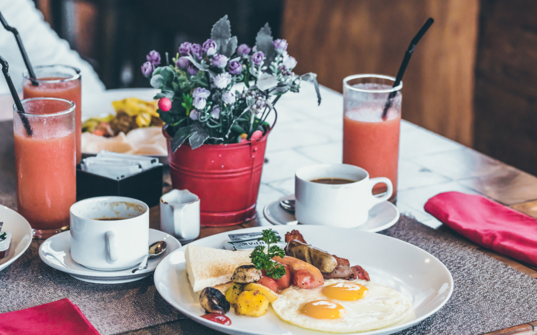 How to encourage breakfast sales while keeping costs low